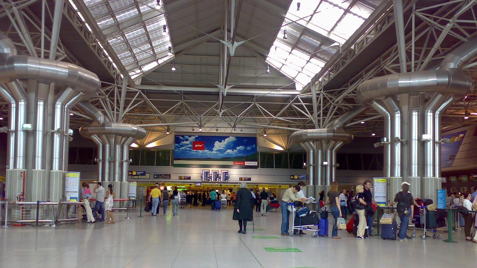 Alertă pe Aeroportul din Lisabona: Patru suspecți veniți din Algeria au fost arestați