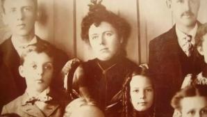 Un obicei ciudat al secolului al XIX-lea: Persoanele decedate, fotografiate în ipostaze şocante