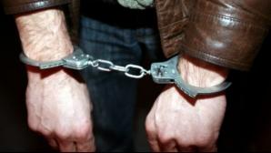 Bărbat arestat după ce a fost prins cu droguri de mare risc asupra lui, în Cluj