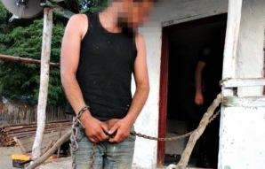 SCLAVIE în Argeş. Primarul ŞTIA de existenţa minorilor supuşi la muncă forţată