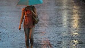 Informare meteo de ultimă oră: furtuni violente, grindină şi ploi torenţiale