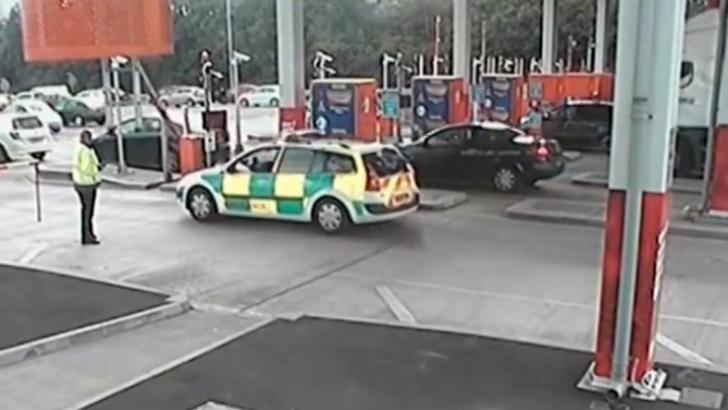 Ambulanța falsă