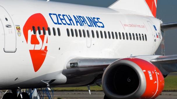 """Cursă Czech Airlines DEVIATĂ, după o """"situaţie de urgenţă"""" la bord"""