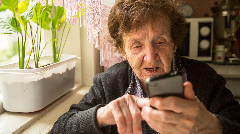 O bătrână din Italia a sunat la pompieri. Mesajul femeii i-a lăat fără cuvinte. Impresionant!