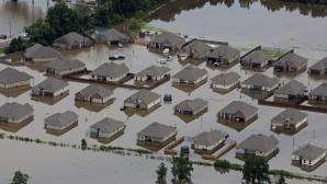 Inundaţii catastrofale în Louisiana: 20.000 de persoane, blocate de ape, 5 morţi