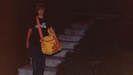 A dispărut la 12 ani, fără urmă. Într-o noapte, după 15 ani, mama lui a auzit un ciocănit la ușă