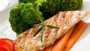 Dieta cu pui – foarte UŞOR de urmat! Pierzi kilogramele instant!