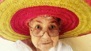 Poliţistul a întrebat-o pe această bătrânică de unde are sacul cu bani. Răspunsul ei, genial!