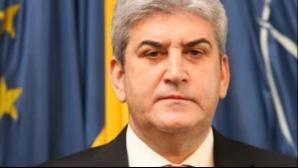 Gabriel Oprea îşi depune, astăzi, demisia din Senat