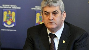 Kovesi: În cazul Oprea, după demisie, se cere avizul preşedintelui. La fel ca în cazul Miron Mitrea