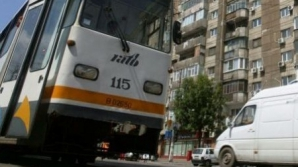 Accident îngrozitor în Capitală. Un bărbat a fost lovit mortal de un tramvai