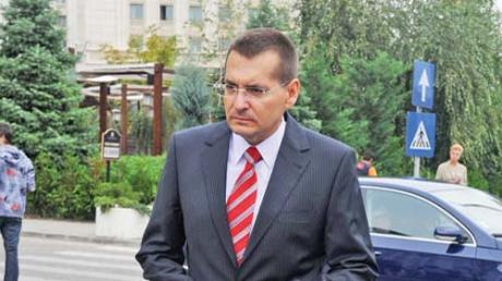 Petre Toba a demisionat din functia de ministru, dupa ce DNA a cerut aviz pentru urmarirea sa penala