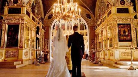 Mulți români fac o mare greșeală când se căsătoresc. Este mare păcat! Citește mai departe...