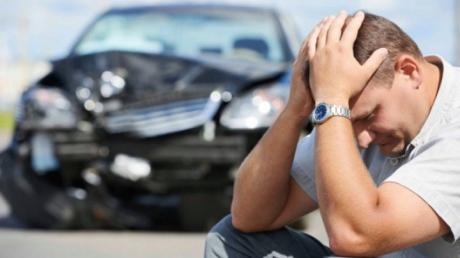 Ministerul de Finanțe a publicat în cele din urmă noile tarife maximale pentru asigurările auto obligatorii (RCA), pe care ASF le-a agreat cu patronatele din Transporturi. Citește mai departe...