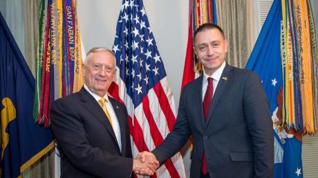 Șeful Pentagonului, mesaj tranșant pentru șeful MAPN: Susținem lupta-anticoruție în România