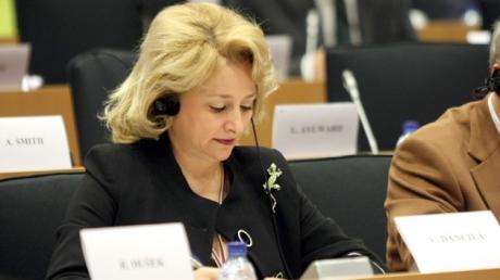 Cum s-a făcut de râs Viorica Dăncilă în Parlamentul European