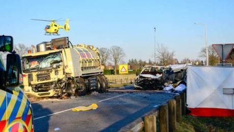 Accident cumplit în Olanda. Cinci români au murit