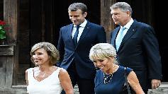 Da, e chiar ea! Cum arata Brigitte Macron in costum de baie, la 64 de ani