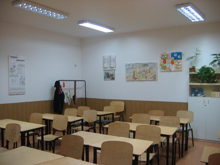 """Învăţătorii """"fug"""" de şcolile de la ţară. De ce rămâne mediu rural fără profesori?"""