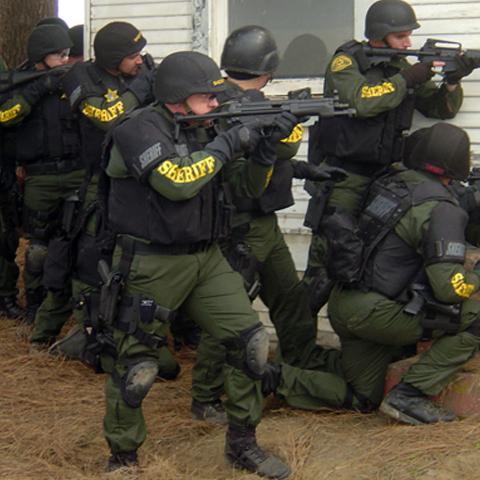 Foto: http://www.countyofkings.com/sheriff/images/swat2.jpg