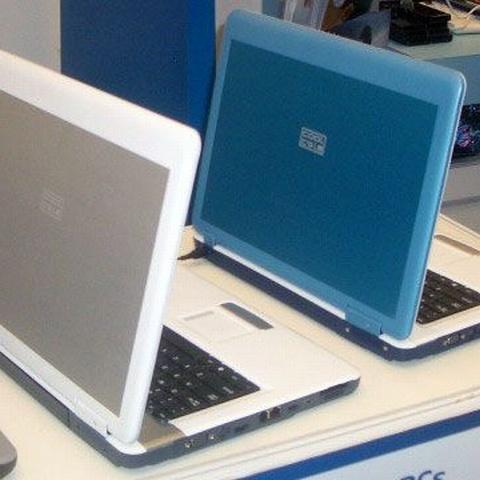 Vânzările de produse IT s-au înjumătățit în ultimul trimestru din 2009. /FOTO: mobilecomputermag.co.uk