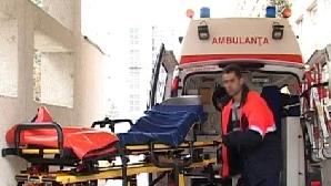 Serviciul de ambulanţă a intervenit în 16 tentative de suicid în noaptea de Crăciun