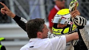 Jenson Button se desparte de Nicky Fry, cel care l-a ajutat să câştige titlul mondial