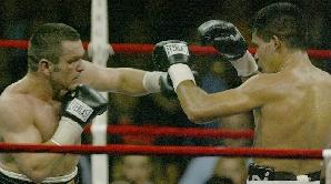 Leonard Doroftei, într-una din luptele cu Raul Balbi