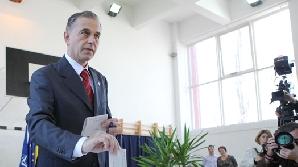 Mircea Geoană la vot