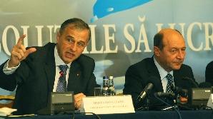 În ultimul act s-au calificat Băsescu şi Geoană