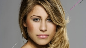 Linda Teodosiu, cântăreaţă de origine română are succes în Germania