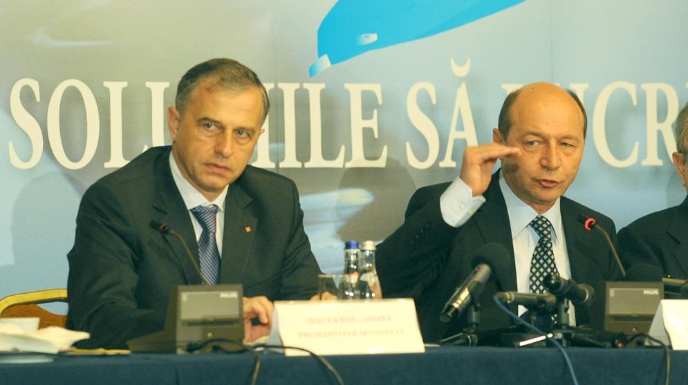 Diferenţa între Traian Băsescu şi Mircea Geoană este mai mică de 4%