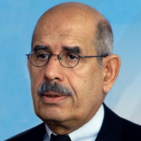 Foto: http://www.nanduti.com.py/noticias/images/1d9b6c_Mohamed_el-Baradei.jpg