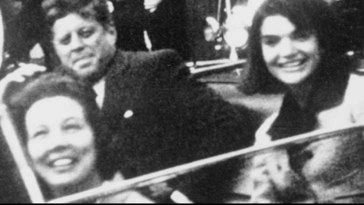 Katzenbach a jucat un rol misterios în investigarea asasinării lui Kennedy