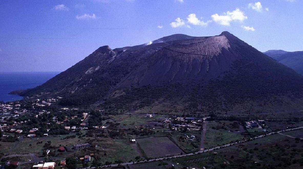 Muntele Vezuviu şi Campi Flegrei
