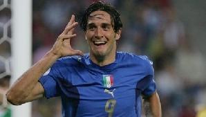 Luca Toni se pregăteşte de întoarcerea în Serie A