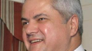 Adrian Năstase se arată surprins că Traian Băsescu ştia rezultatul alegerilor înainte de încheierea votării.