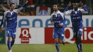 Daniel Niculae (stânga) a dat o pasă de gol în meciul câştigat în deplasare cu Marseille