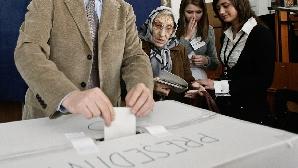 De-a lungul timpului, prezenţa la vot a fost mai mică în turul II