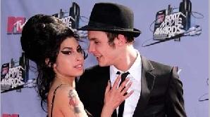 Amy Winehouse s-a împăcat cu Blake Filder-Civil