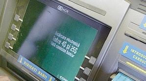Agenţiile Raiffeisen Bank din incinta hypermarket-urilor şi mall-urilor vor funcţiona