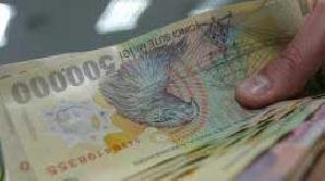 Angajaţii din domeniul financiar şi farmaceutic vor avea cele mai mari prime