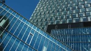 Chiriile pentru spaţiile amenajate în clădiri de birouri îşi vor menţine trendul descendent