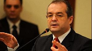 Emil Boc: Votul de încredere este un nou parteneriat între Guvern şi Parlament