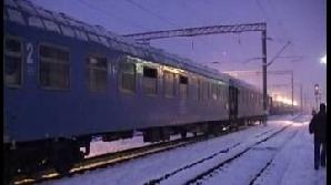 Cele două trenuri au avut întârzieri de peste două ore şi jumătate