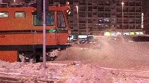 În Bucureşti se circulă bine după viscolul de sâmbătă noapte