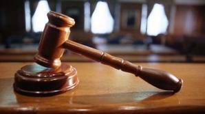 Dosarul a fost trimis spre competentă soluţionare Tribunalului Vâlcea /FOTO: turnbacktogod.com