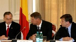 Klaus Johanis nu vrea să renunţe la echipa Geoană-Antonescu