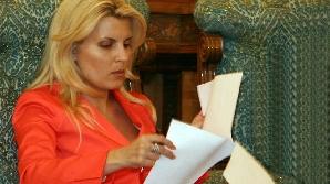 Udrea, Vlădescu, Oprea şi Onofrei, miniştrii cu probleme din cabinetul Boc IV