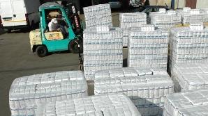 Depozitele sunt pline de făina şi zahărul de la UE